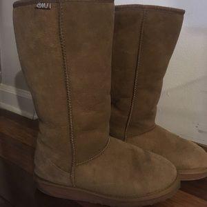 Emu Australia Chestnut Tall Shearling boots sz 8